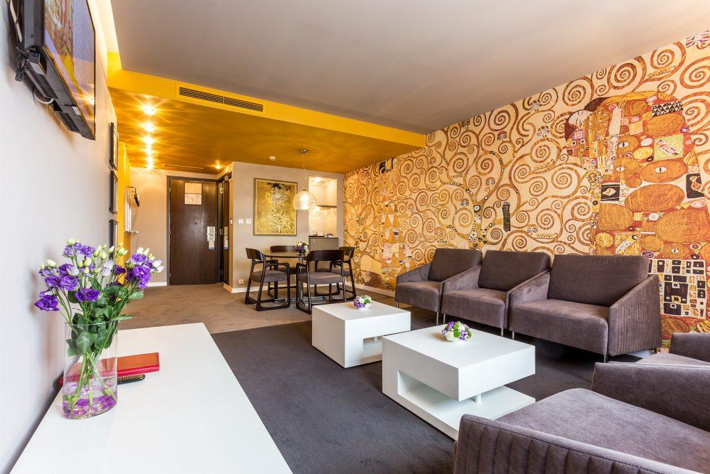apartment-room3